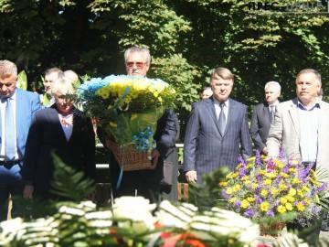 Ректор Університету взяв участь у вшануванні пам'яті розстріляних львівських професорів на Вулецьких пагорбах