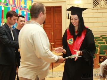 Урочистості з нагоди вручення дипломів випускникам факультету журналістики