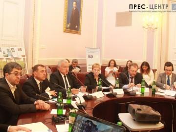 Експерти з п'яти країн світу обговорюють в Університеті перспективи впровадження стандартів НАТО в Україні
