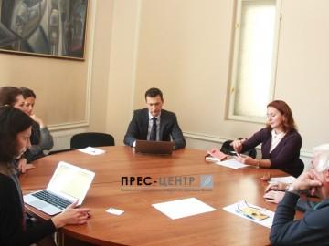 Провідні світові експерти та викладачі і студенти Львівського університету  спільно працюють над підвищенням прозорості освітньої системи в Україні