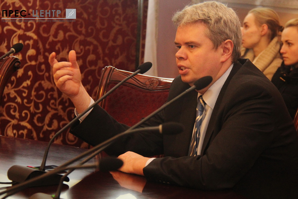 Deputy Governor of the National Bank of Ukraine Dmytro Solohub told the students of Lviv University about the basic principles of the new monetary policy of the Central Bank