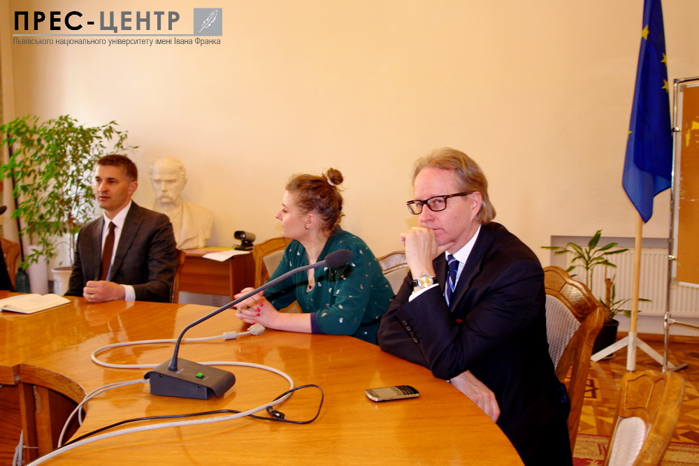 """Ex-Energy Minister of Lithuania: """"The main problem of Ukraine is stealing money and resources"""""""