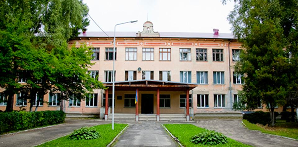 Львівський фізико-математичний ліцей і Класична гімназія при Університеті – одні з найкращих шкіл Львова за результатами ЗНО