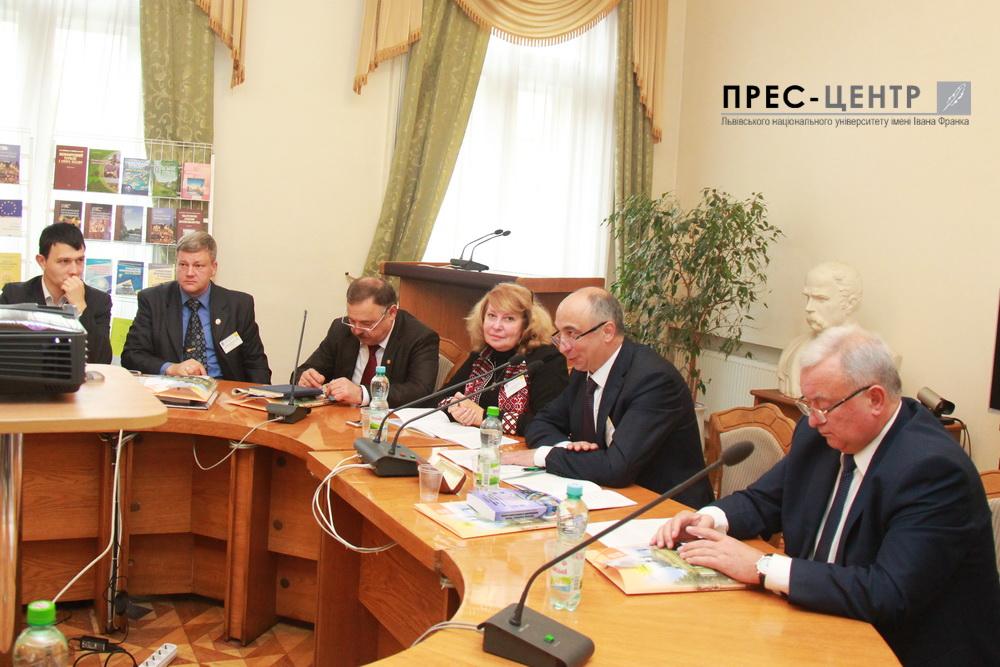 Національний і міжнародний досвід розвитку економіки, туризму і географічної науки: думки  українських та іноземних учених