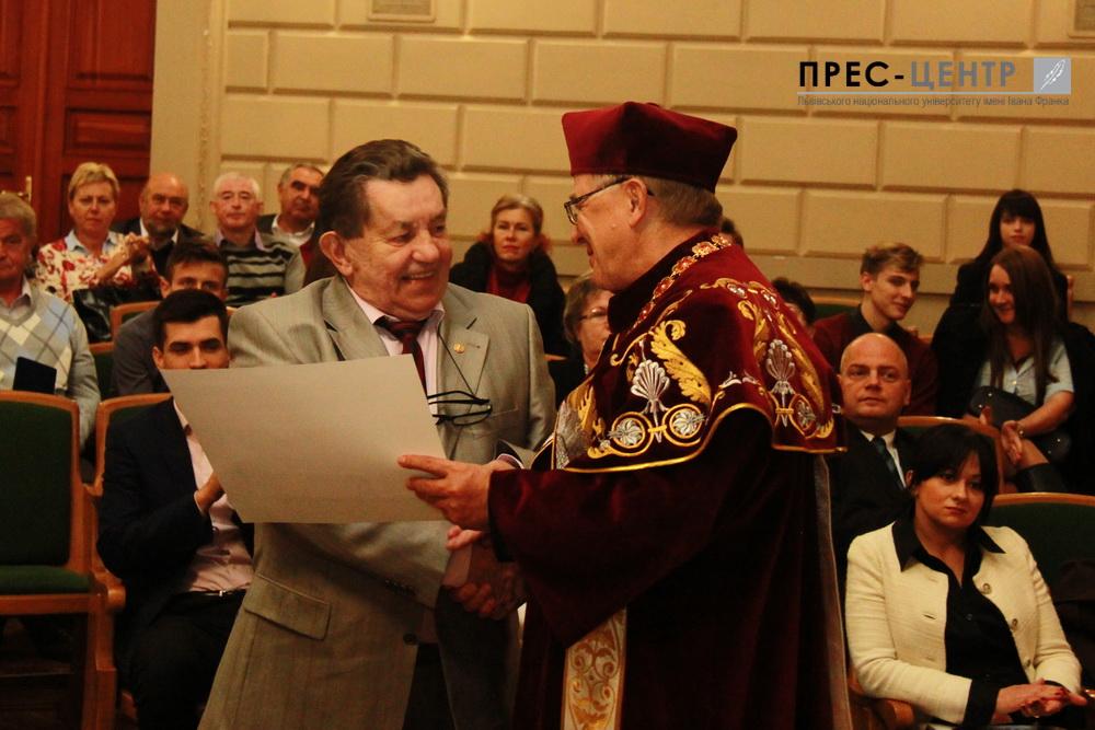 Шестеро науковців стали Заслуженими професорами Львівського університету