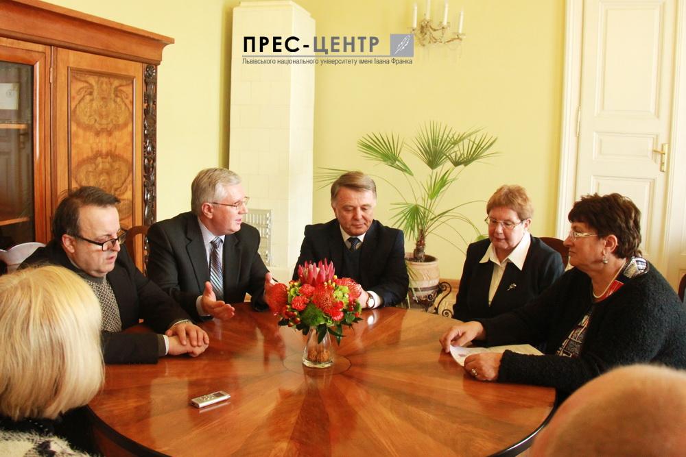 Львівський університет започаткував співпрацю з Дебреценським університетом  (Угорщина)