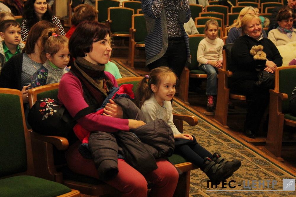 http://www.lnu.edu.ua/wp-content/uploads/2016/12/2016-12-19-mykolay-02.jpg