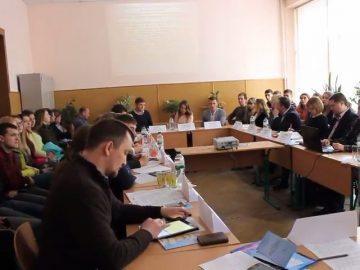 Публічне управління та адміністрування: державотворення, освіта і сучасні виклики