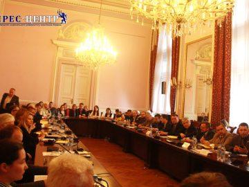 В Університеті обговорили проблеми трансформації міжнародної системи безпеки