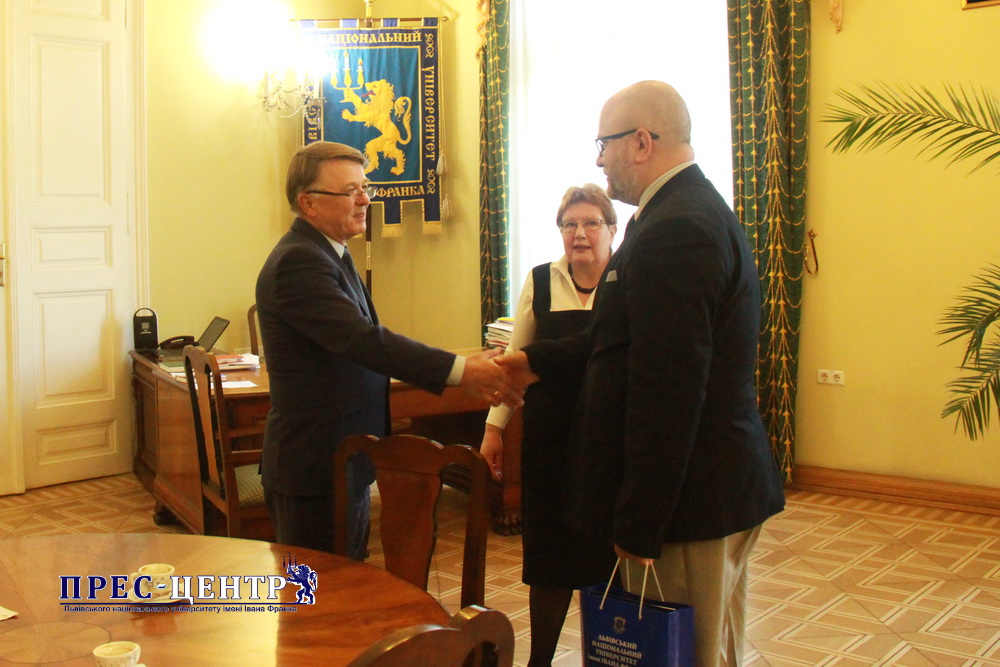 UNIVERSITY RECTOR VOLODYMYR MELNYK MET WITH THE CONSUL GENERAL OF POLAND IN LVIV RAFAŁ WOLSKI