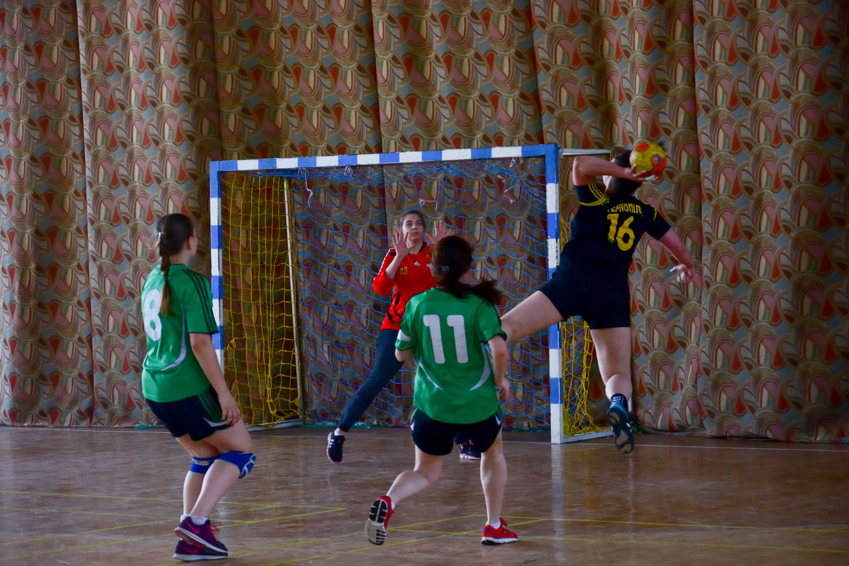 У спорткомплексі Університету відбувається фінальна частина Універсіади України з гандболу