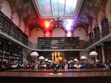 «Класика у бібліотеці»