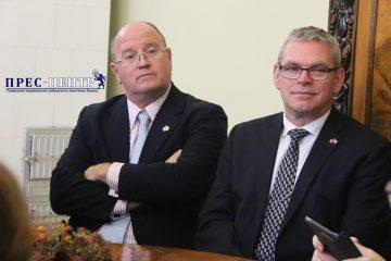 2017-10-27-delegation-05