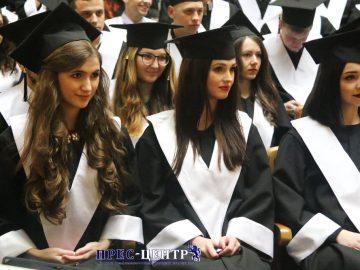 Випускники юридичного факультету отримали дипломи про вищу освіту