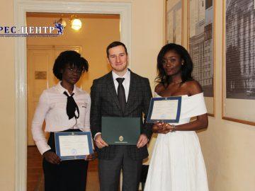 Учасники освітньої програми Львівського та Вільнюського університетів отримали дипломи
