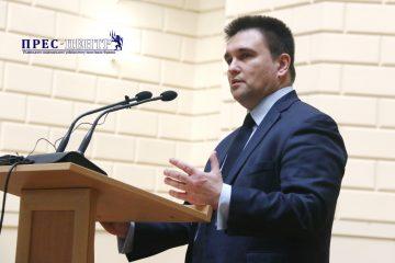 2018-03-02-minister-05