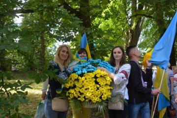 Під час покладання квітів до Меморіалу