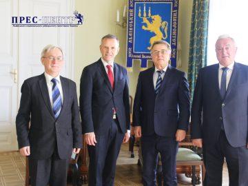 Львівський університет відвідав Посол Королівства Норвегії в Україні  Уле Т. Хорпестад