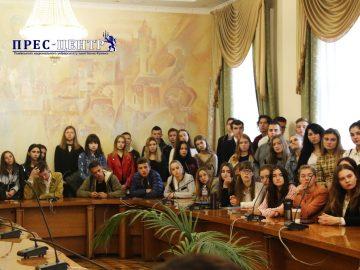 Студенти факультету міжнародних відносин поспілкувалися із Надзвичайним і Повноважним Послом Великої Британії в Україні Меліндою Сіммонз